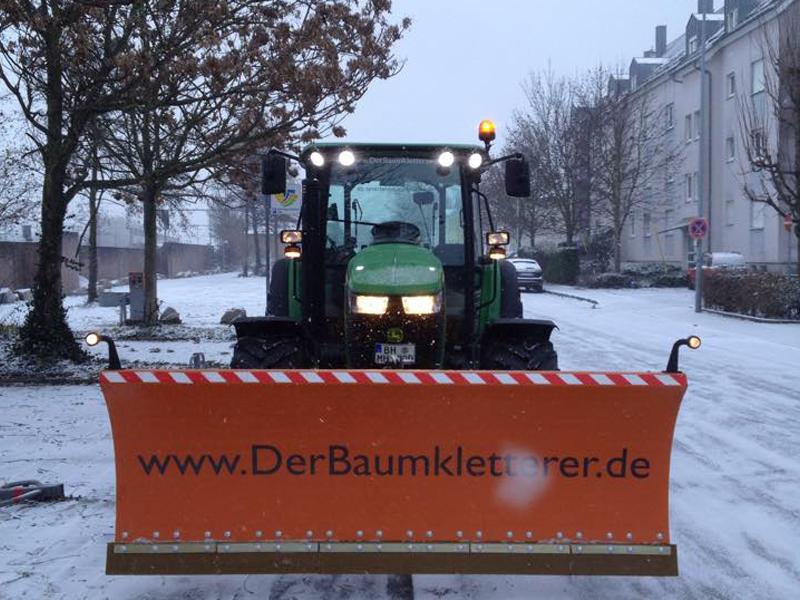 Hasel-Winterdienst-Schneebeseitigung